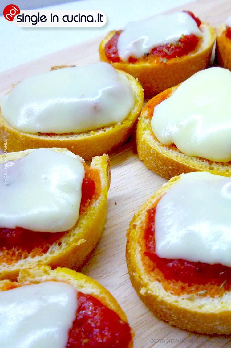 crostini-al-pomodoro