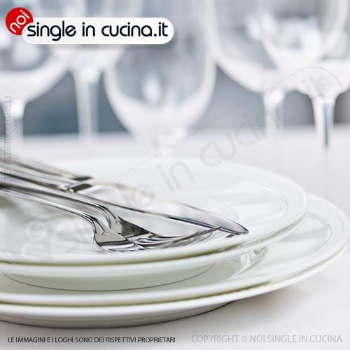 noi single in cucina galateo-a-tavola
