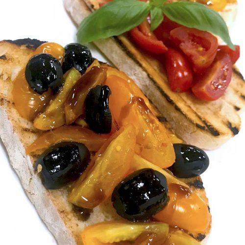 bruschetta con pomodori datterino e olive